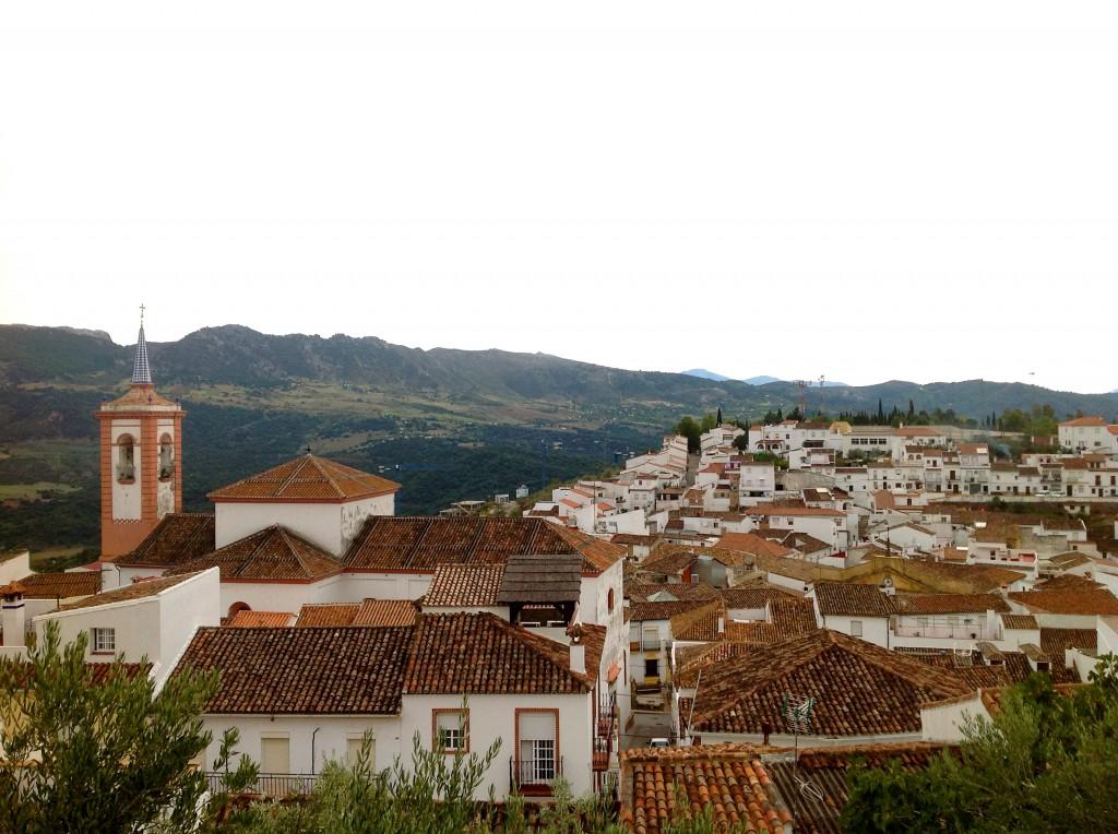 """アンダルシアの奇跡の白い村""""コルテス・デ・ラ・フロンテーラ"""""""